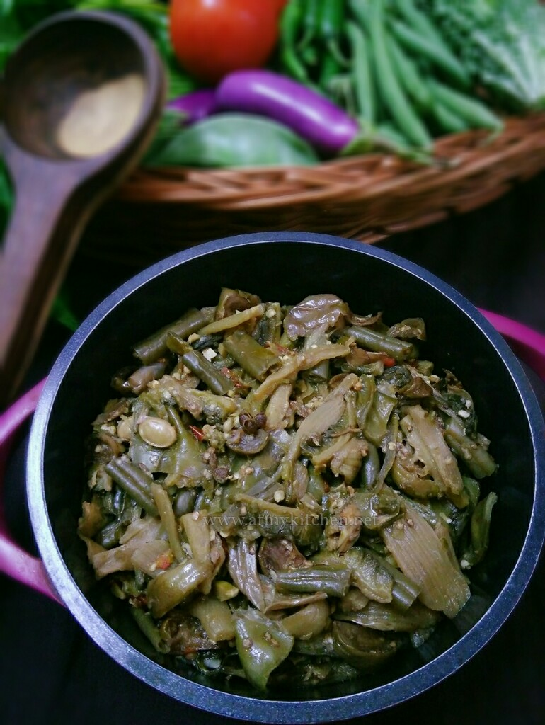 Rosep aon mixed boiled vegetables how to make naga style rosep aon mixed boiled vegetables how to make naga style vegetables forumfinder Choice Image