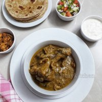 Pepper Chicken Gravy / Pepper Chicken Kozhumbu / Milagu Chicken Curry