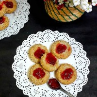 Thumbprint Cookies / Coconut Thumbprint Cookies / Coconut Jam Cookies