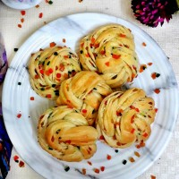 Twisted Tutti Frutti Rolls / Tutti Frutti Bread Rolls / Candied Fruit Buns