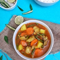Chicken Vegetable Stew / Indian Spiced Chicken Stew