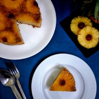 Eggless Pineapple Upside Down Cake / How to make pineapple upside down cake