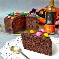 Eggless Chocolate Cake With Chocolate Ganache/ Chocolate Ganache Cake/ Eggless Chocolate Cake